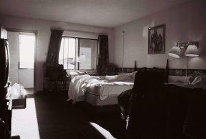 Petra Trenkel: Hotel, 2004, Edition von zehn Pigmenttintendrucken, 21 × 29,7 cm, Aufl. 30